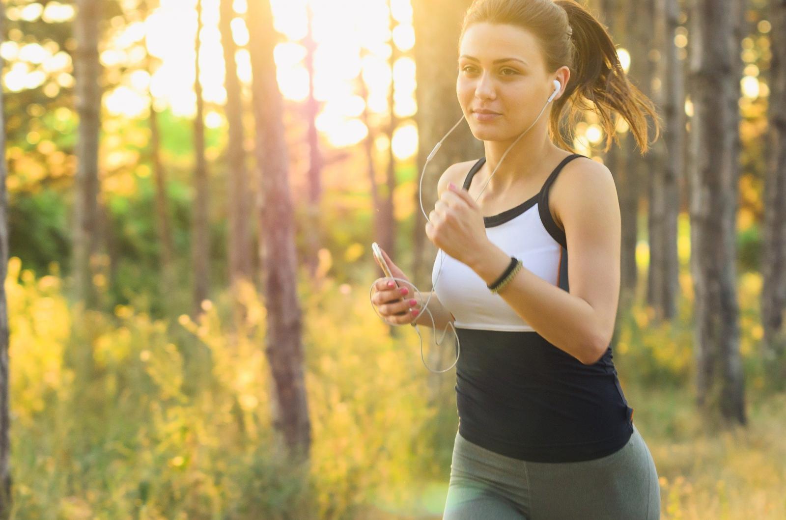 健身时听音乐有什么好处?
